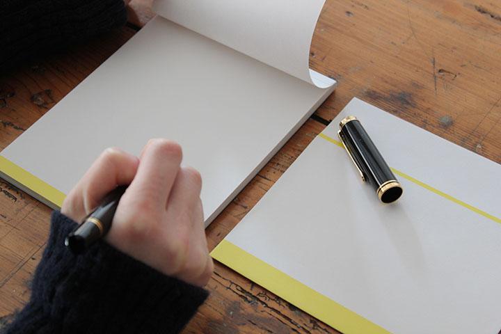 封筒黄色使用例1